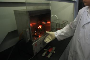 Flammability testing machine