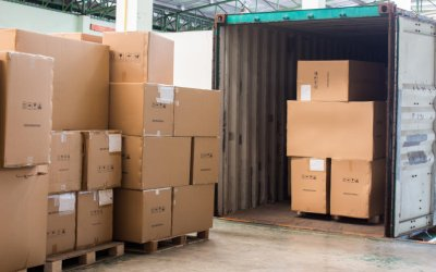What is the Difference Between FCL and LCL Shipping, and Which is Best?